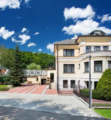 Hotel Samechov